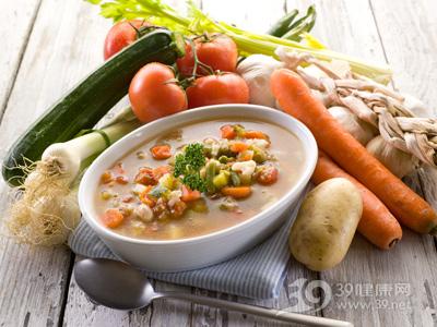 喝汤减肥 冬天喝什么汤减肥好? 减肥餐