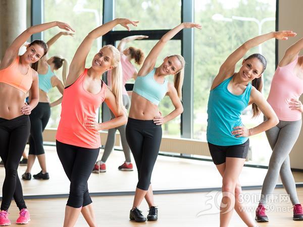 瘦臀的方法除了慢跑还有有氧健身操 瘦臀 第3张