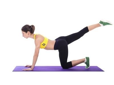 怎么瘦胳膊最快最有效?瑜伽动作紧实手臂 瘦臀 第4张