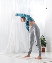 4种瘦臂运动 纤纤细臂这样练出来 瘦臀 第3张