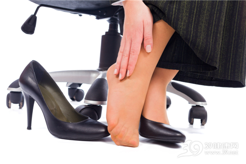 org_2244323.jpg 脚踝变细的方法 瘦腿