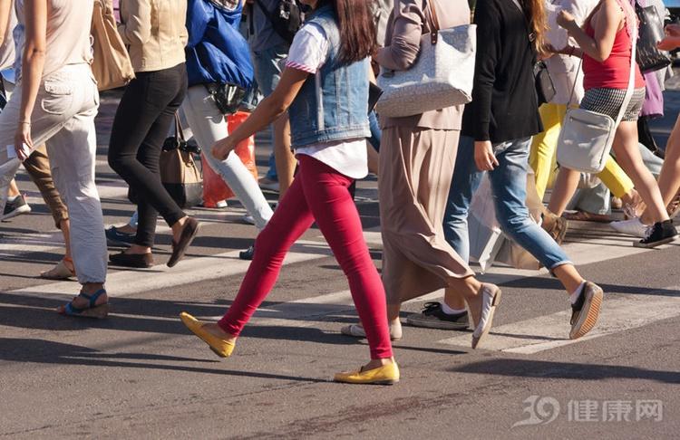 为什么你的小腿比她粗?无非5个原因!你是哪一个? 瘦腿 第2张