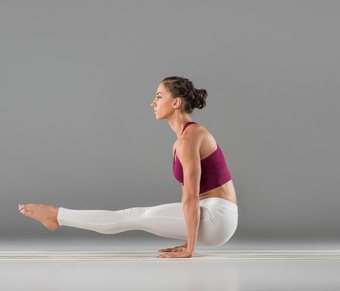 简单一式快速减肥瑜伽 轻松瘦手臂 瑜伽减肥 第1张