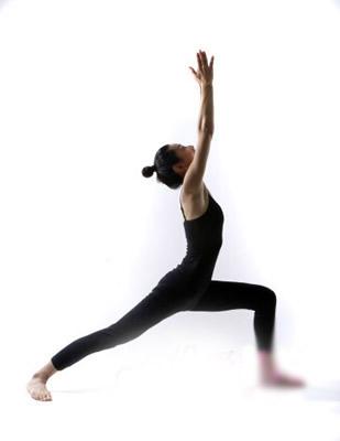 三式居家减肥瑜伽 随时随地享瘦 瑜伽减肥 第2张