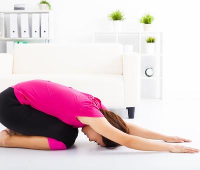 8式瘦腰柔软瑜伽 打造性感小蛮腰 瑜伽减肥 第6张
