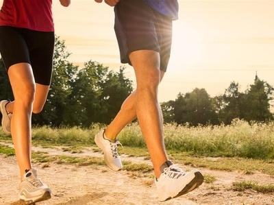 夏天跑步减肥 夏天跑步减肥最快 教你怎样跑步减肥才有效 跑步减肥