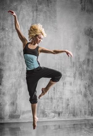 5步有氧减肥操 瘦腿又瘦腹(图) 5步有氧减肥操 瘦腿又瘦腹(图) 运动减肥