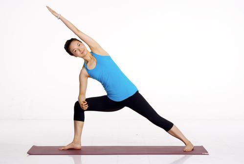 腰部减肥操 腰部减肥操教程 瘦身减肥动作