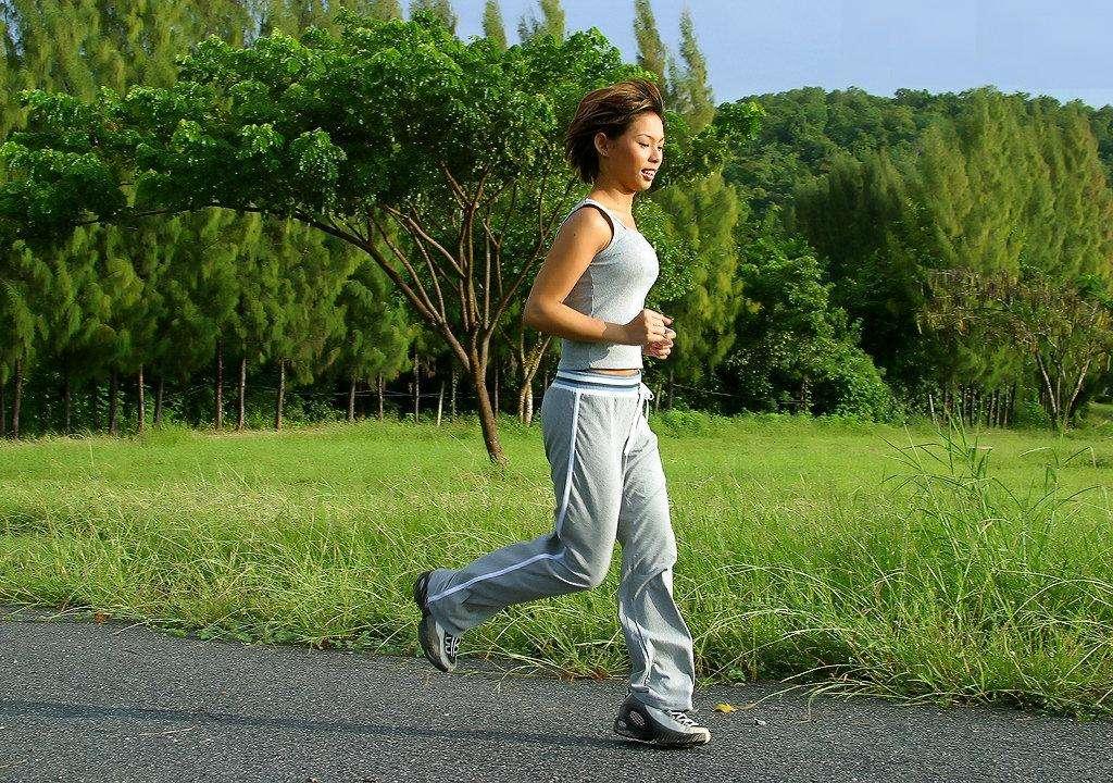 瘦腰运动 快速健走,最轻松瘦腰运动 瘦腰